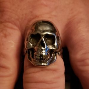 NWT Stainless Steel Full Skull Ring